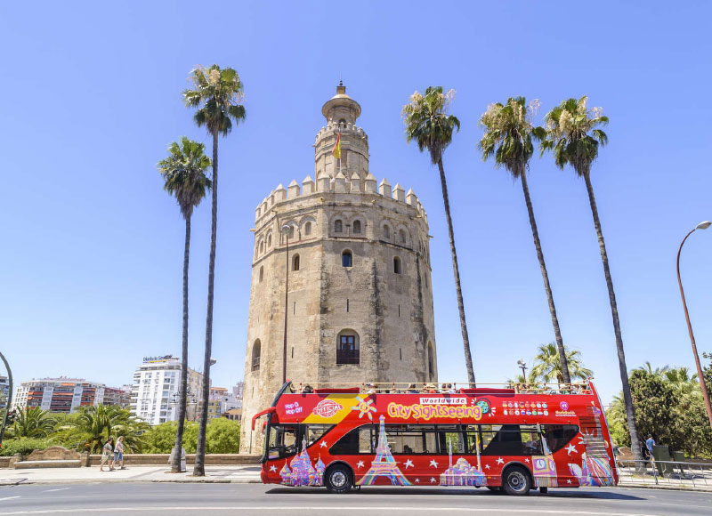 CITY SIGHTSEEING SEVILLA EXPERIENCE <br /><strong>Billete OCIO 24H <strong class='extra_info_articulo'>- desde 22.00 €  </strong></strong>