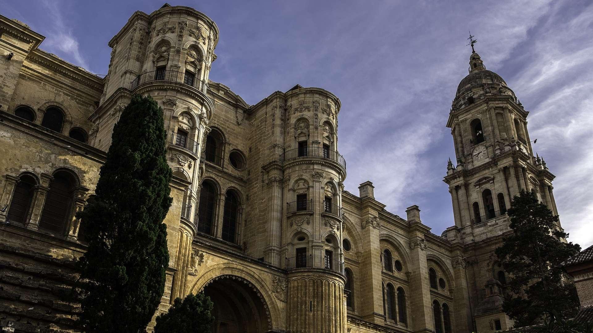 CENTRO HISTÓRICO Y CATEDRAL (esp e ingl)<br /><strong>Visita en ESPAÑOL <strong class='extra_info_articulo'>- desde 18.00 €  </strong></strong>