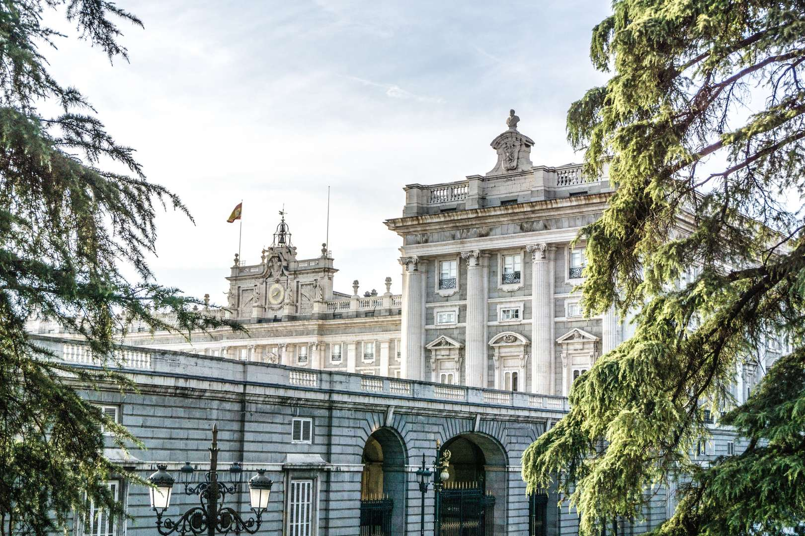 Foto de TOUR PRIVADO A PIE DE MEDIO DÍA: IMPRESCINDIBLES DE MADRID