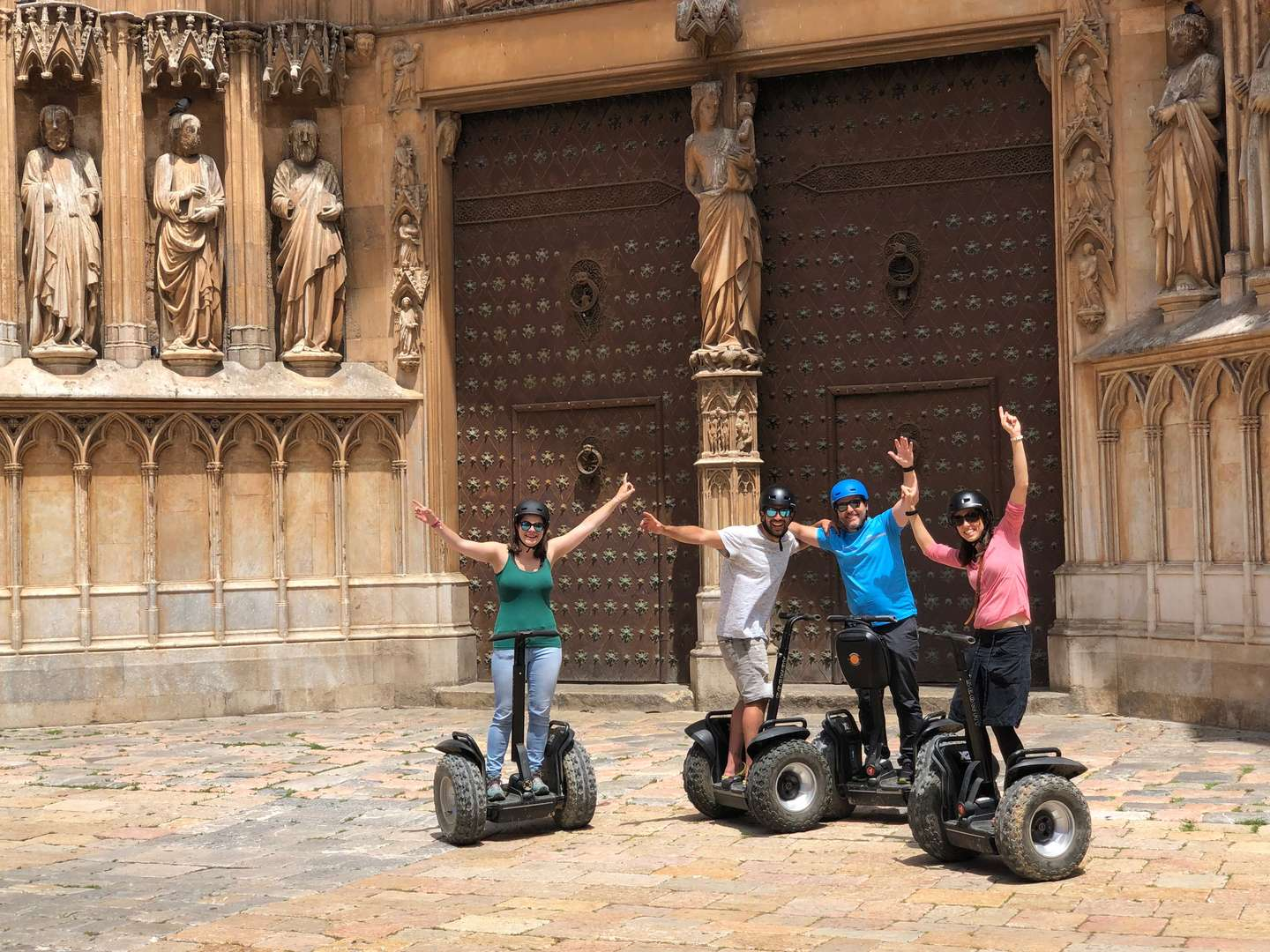 TOUR SEGWAY<br /><strong>Tour <strong class='extra_info_articulo'>- desde 60.00 €  </strong></strong>